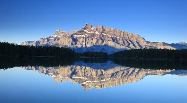 Unforgettable Eastern & Western Canada