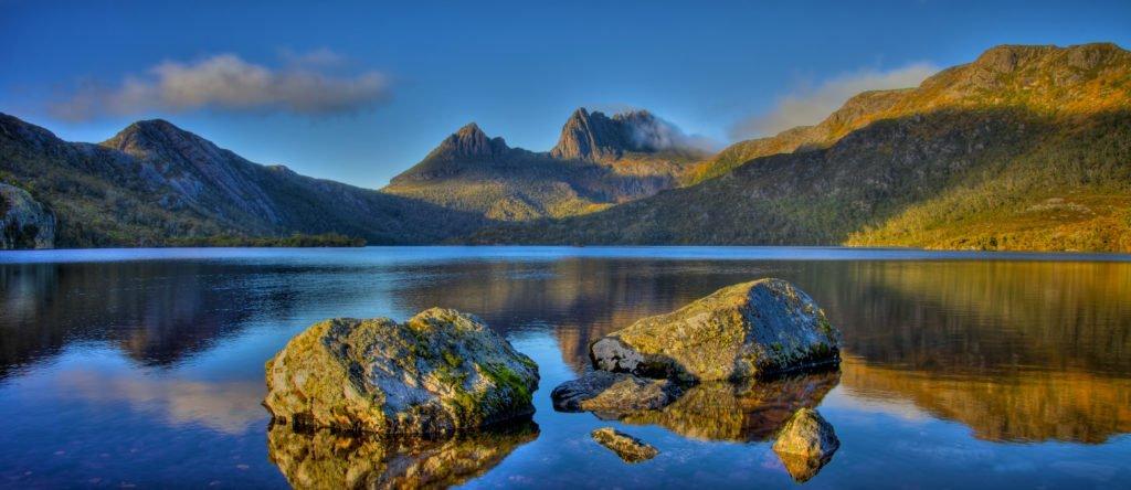 Quadrant-Australia-Tasmanian-AgricultureDove-Lake-1024x444